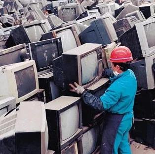 老百姓家里的废旧电器电子产品都去哪儿了?