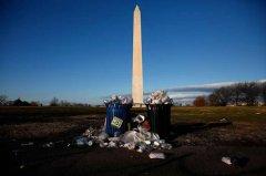 美国政府关门导致国家公园垃圾围城 环