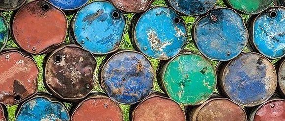 开采利用一吨石油需付出多少环境健康