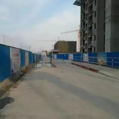 濮阳市住建局调研城区部分建筑工地扬