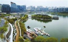 西安市曲江池遗址公园绿道变身最美跑