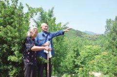 坚守大山40年 艰辛植树十万株――信阳