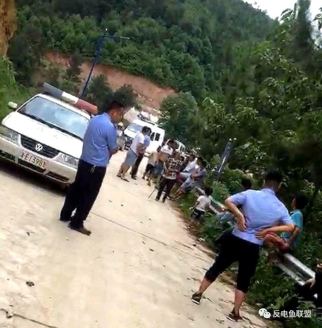 邵阳市邵东县渔政执法被村民堵路阻挠