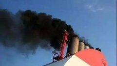 邮轮持续冒黑烟 提升港口治污水平迫在眉睫