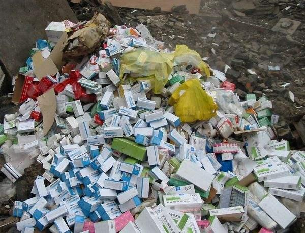 过期药品污染严重!每年数万吨抗生素汇入各地河流