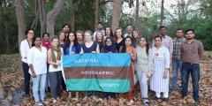 跨国女性专家团队追踪恒河垃圾源头