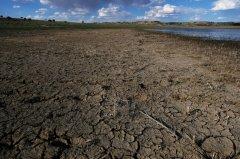 最新研究:全球1/4人口居住在极缺水地
