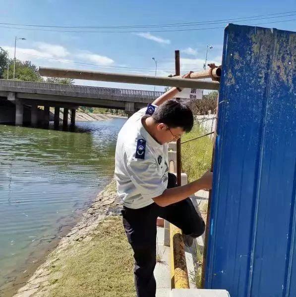 北京市流域执法首日 巡河60公里 发现水环境问题7起