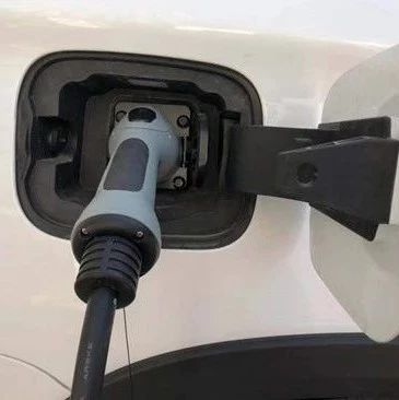工信部:车企已建动力电池回收服务网点4145个