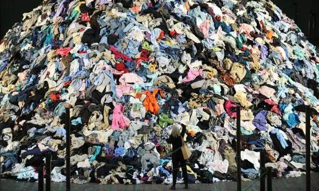 与污染并存,时尚产业背后的真相_1.jpg