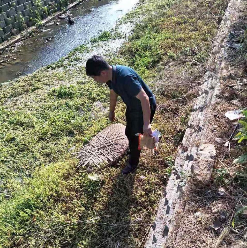 河流越干净,长沙县民间河长李放益巡河越仔细:怕垃圾