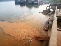 毫不悔改!衡阳珠晖区国庆砂场废水依旧直排耒水河