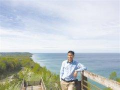 """朱广伟:为了科学斗蓝藻,他常在""""江湖"""