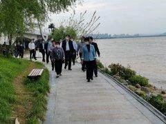 九江市人大副主任戴晓慧调研八里湖水环境保