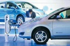 """新能源汽车产业将迎""""黄金十年"""""""