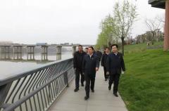河南省生态环境厅到信阳市调研水生态