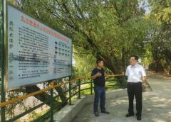 九江市生态环境局深入长江岸线督导检查船舶